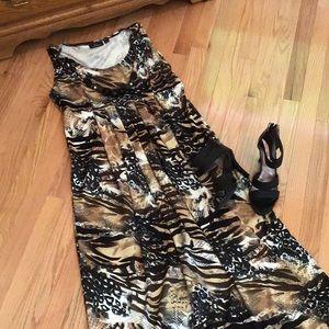 Lemmie Maxi Dress W/ Necklace